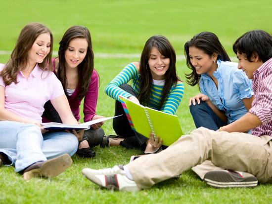 Giao tiếp ứng xử sinh viên trong cuộc sống hàng ngày 1