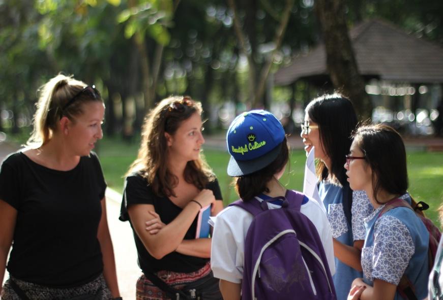 Văn hóa giao tiếp ở một bộ phận không nhỏ sinh viên còn chưa được tốt