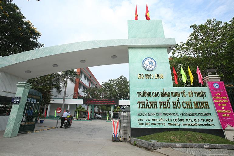 Nên học Cao đẳng nào ở TPHCM?